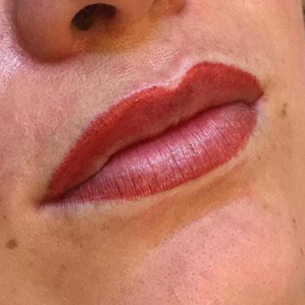 usia-permanentemakeup-lippen