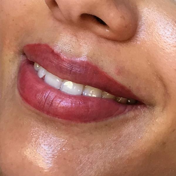 usia-permanentemakeup-lippen3