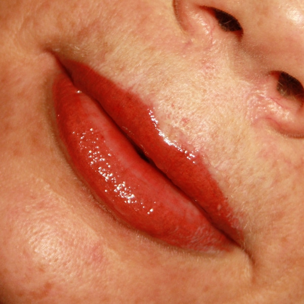 usia-permanentemakeup-lippen6