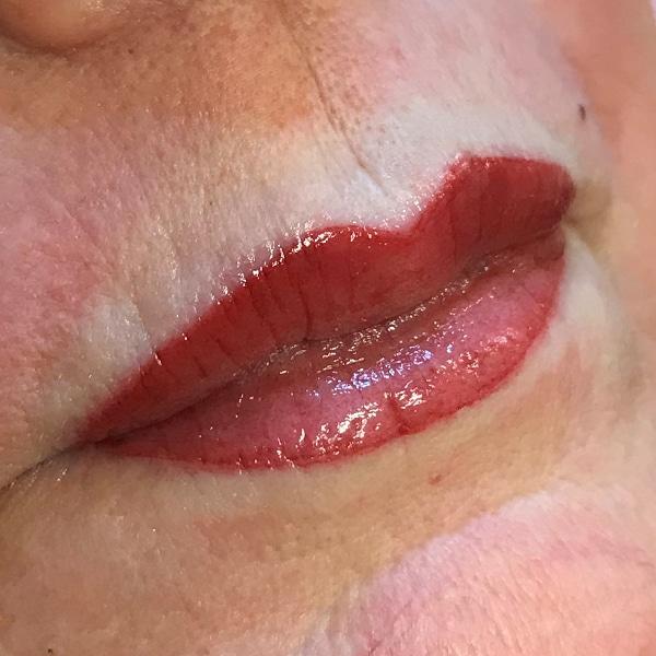 usia-permanentemakeup-lippen7