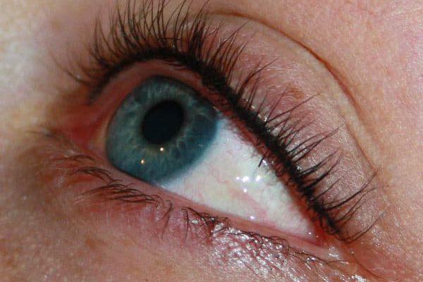 usia-permanentemakeup-eyeliner3